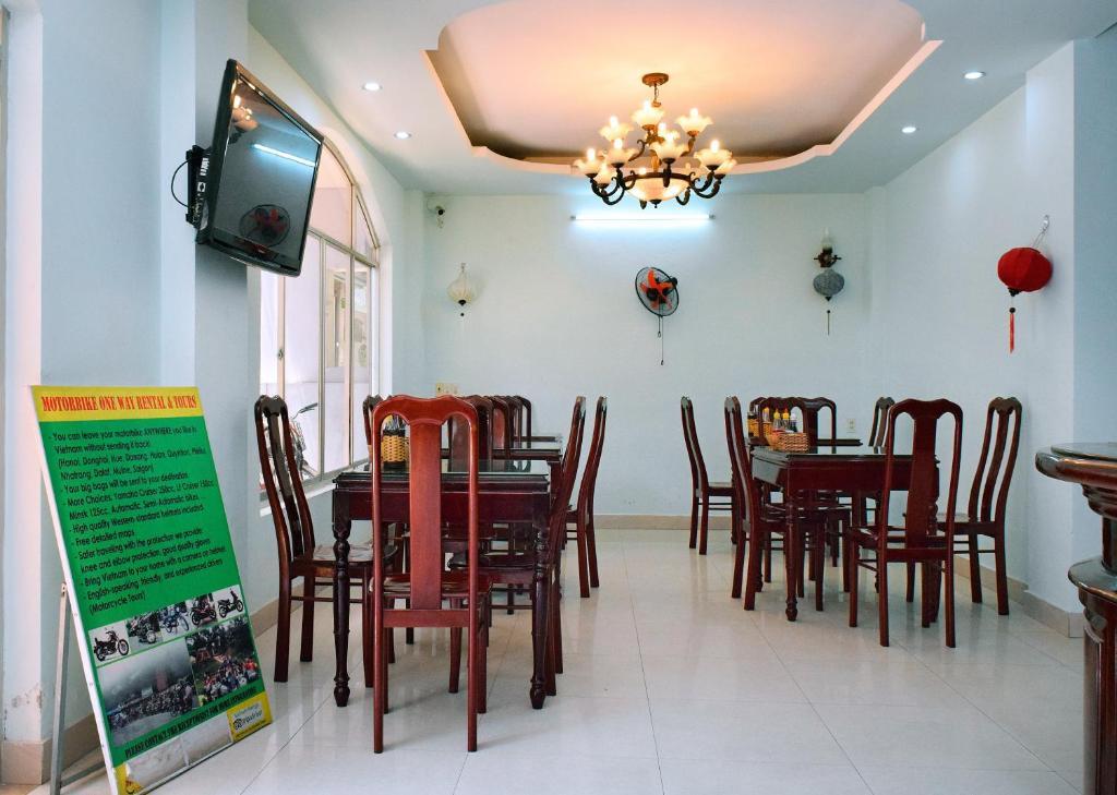 Khu vực ăn uống trong khách sạn
