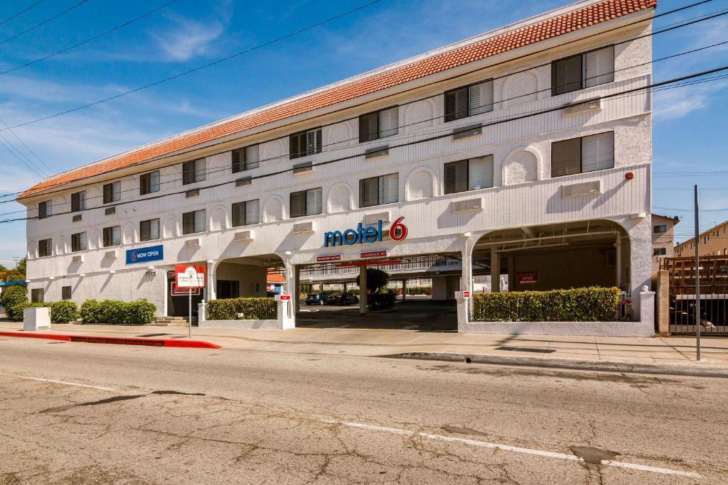 Motel 6 Monterey Park.
