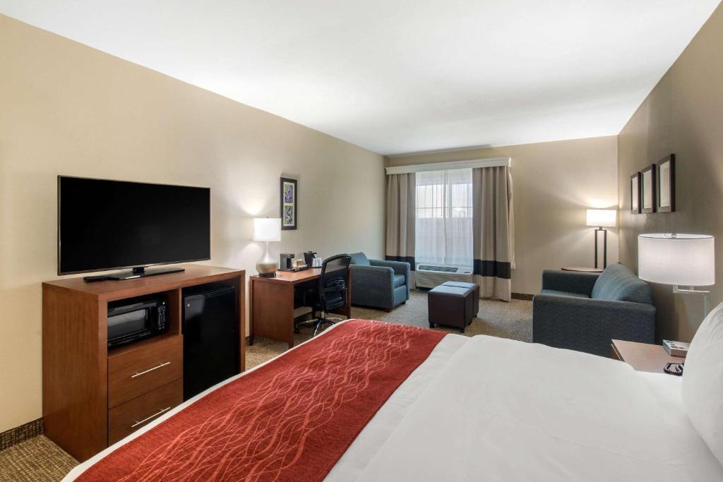 La Quinta Inn & Suites Cedar Hill