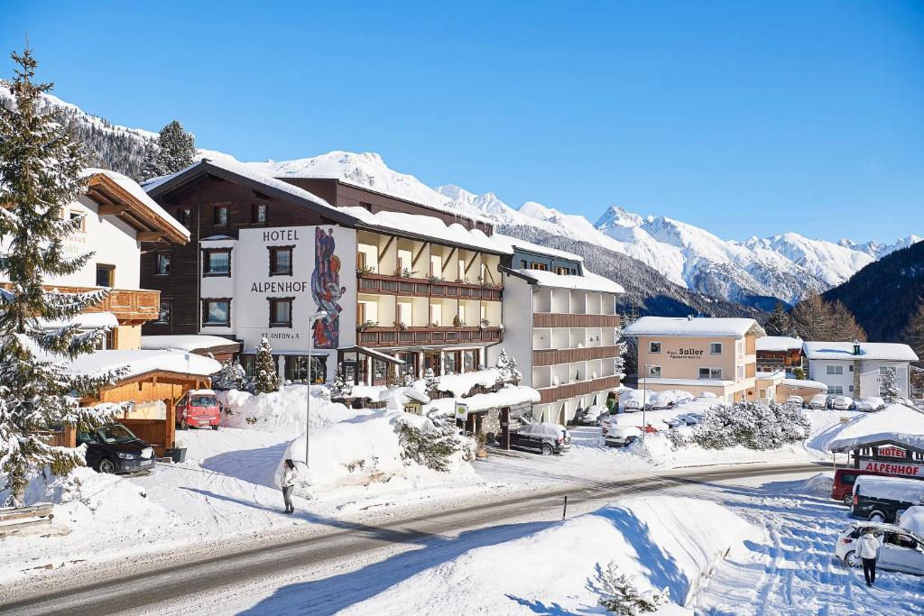 ****Hotel Kertess in St. Anton - Tradition & hospitality in the