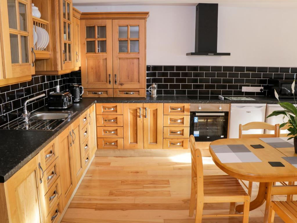 Ballymote Central Apartment, Ballymote Central Apartment