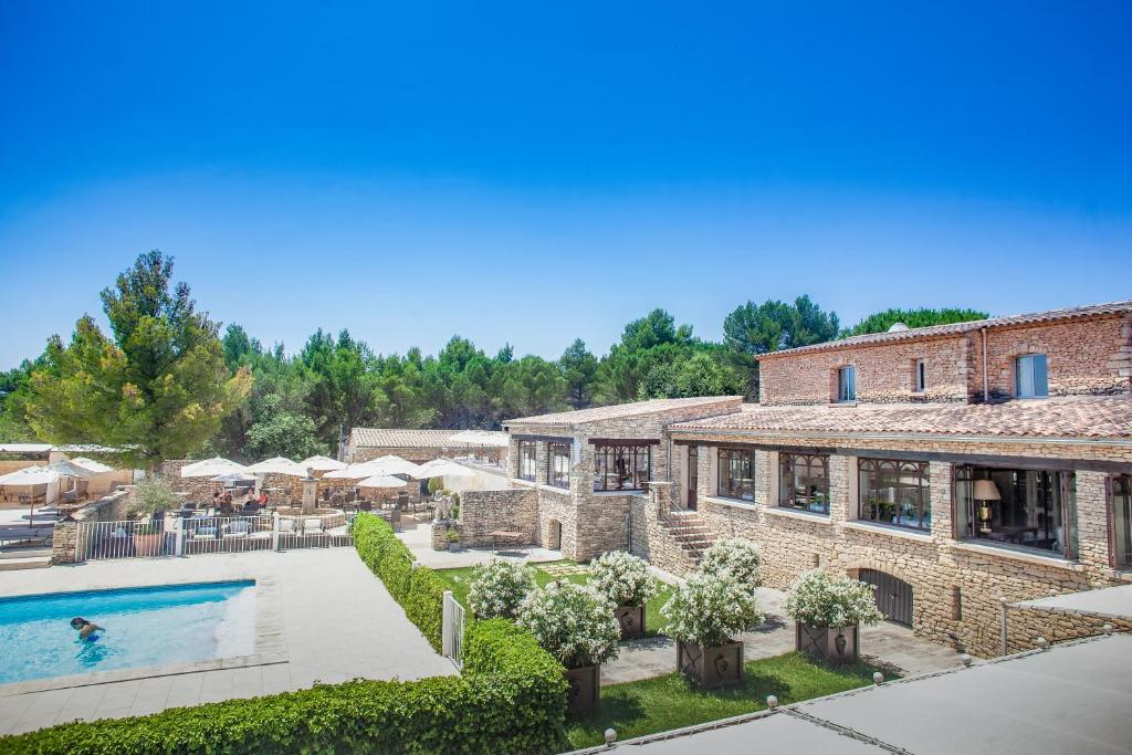 Hotel Le Phébus Spa Joucas France Booking Com