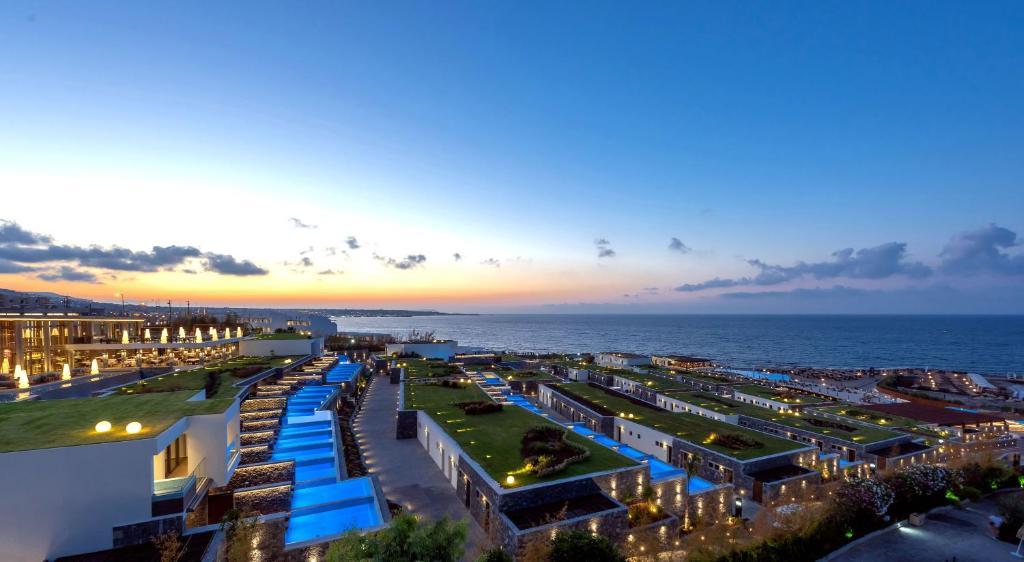 Blick auf Nana Princess Suites Villas & Spa aus der Vogelperspektive