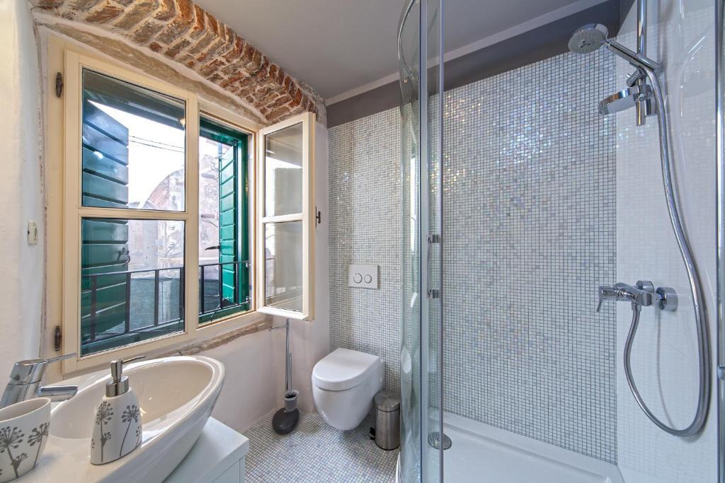 Luxury San Giovanni Apartments