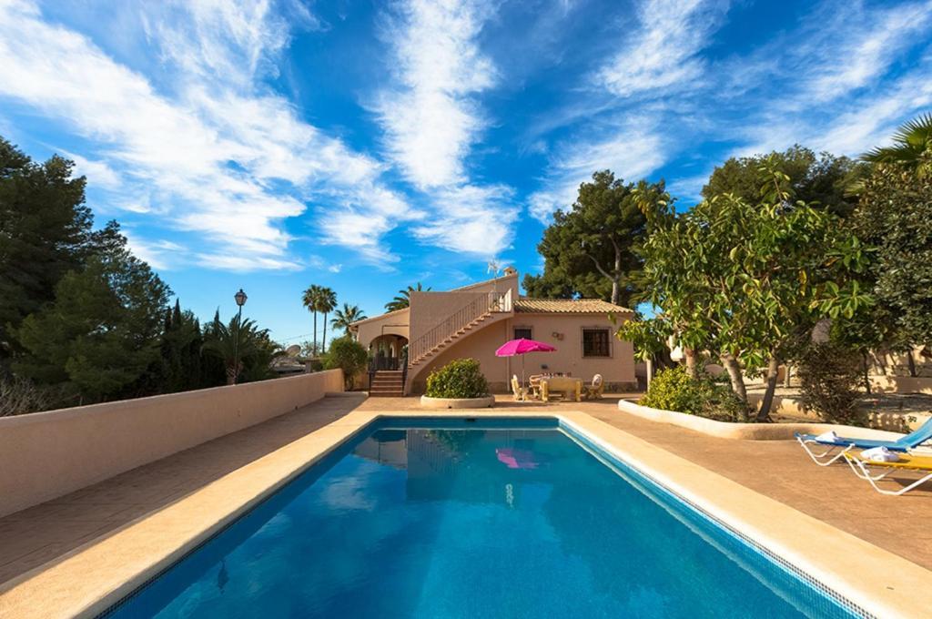 Villas Guzman - Fina (Spanje Moraira) - Booking.com
