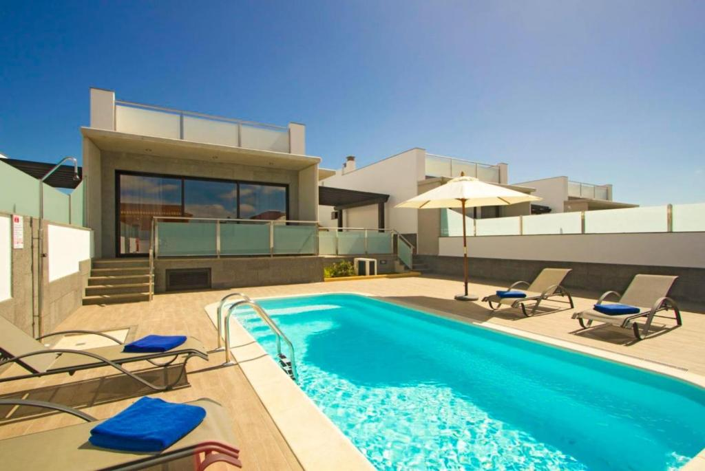 Booking.com: Villa Dream Cuatro , Corralejo, Spanje . Boek ...