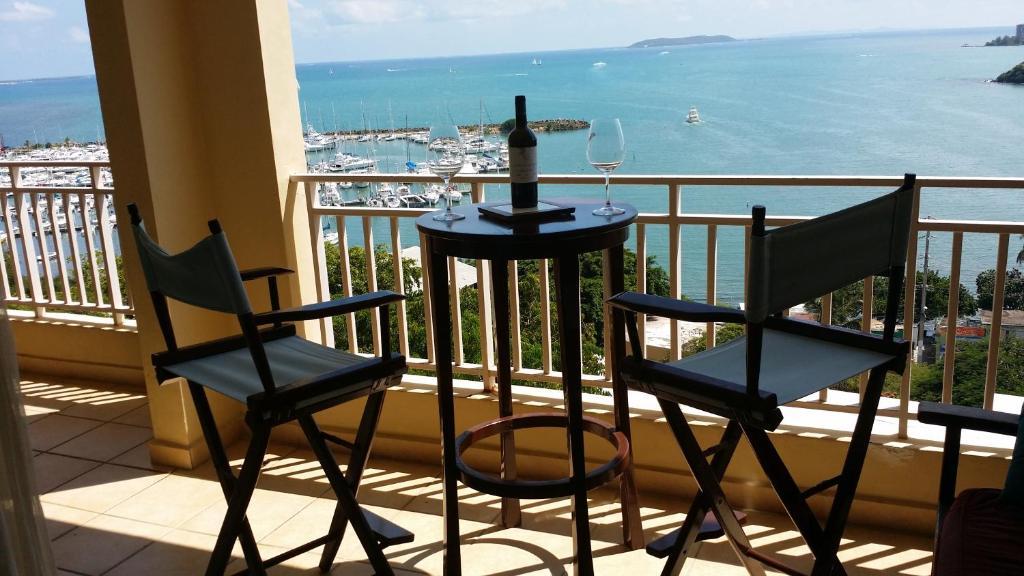 A balcony or terrace at Best View in Penamar Ocean Club