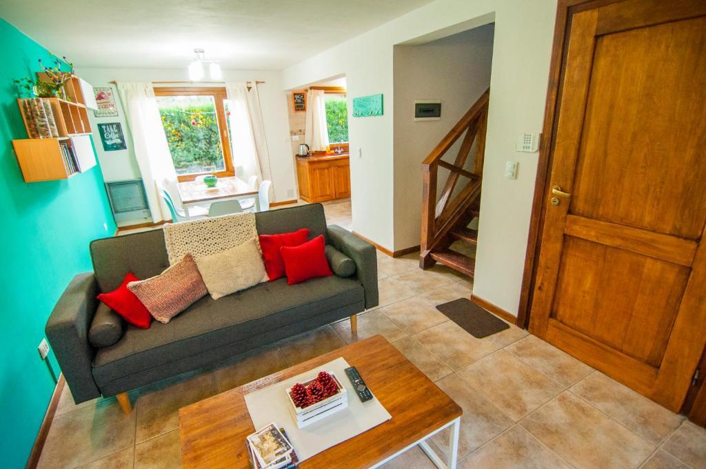 Un lugar para sentarse en Casa Neneo Bariloche 2