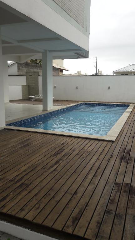Piscina en o cerca de Ingleses piscina 450m da praia WI-FI