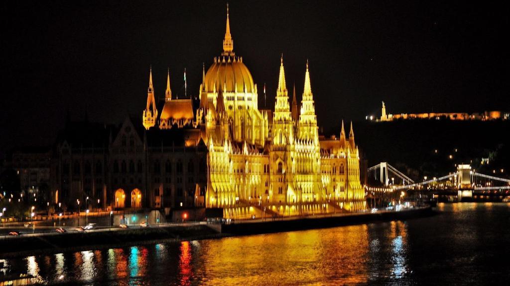 Apartament Welcome In Budapest To Parliament Ungaria Budapesta