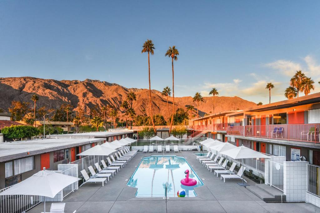 The swimming pool at or near Skylark Hotel