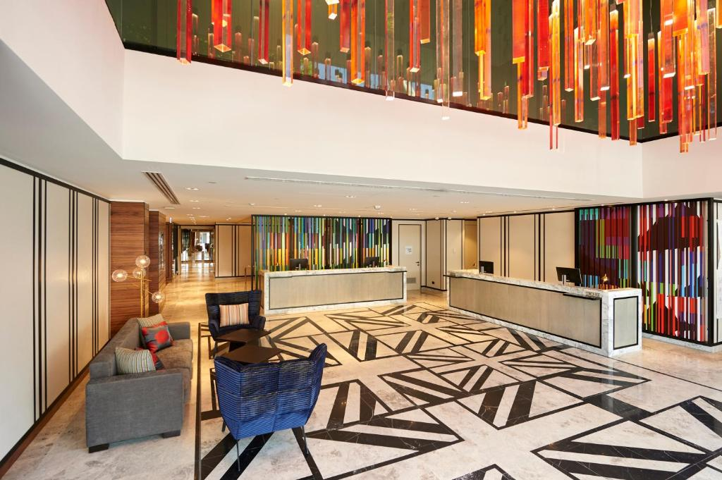 The lobby or reception area at Doubletree By Hilton Perth Northbridge