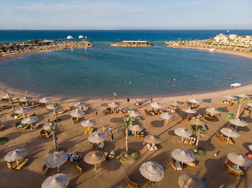 ชายหาดของรีสอร์ทหรือชายหาดที่อยู่ใกล้ ๆ
