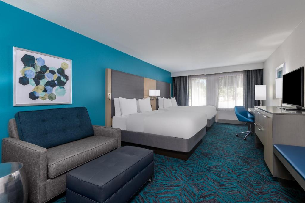 Radisson Hotel Colorado Springs