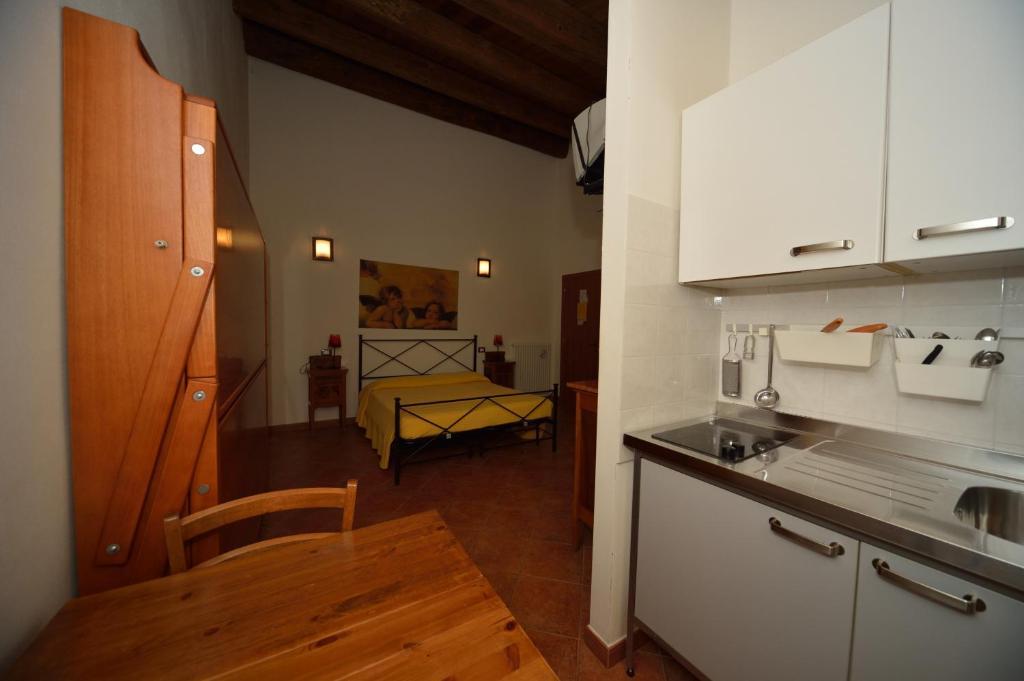 Hotels Near Castello Di Rocca Montis Dragonis In Mondragone
