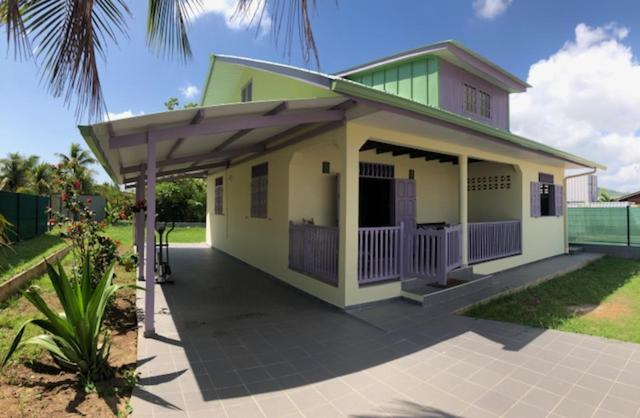 besplatno druženje u Gvajani besplatna web mjesta za upoznavanja u Australiji