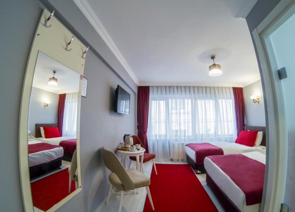 Гостиная зона в Sirkeci Family Hotel