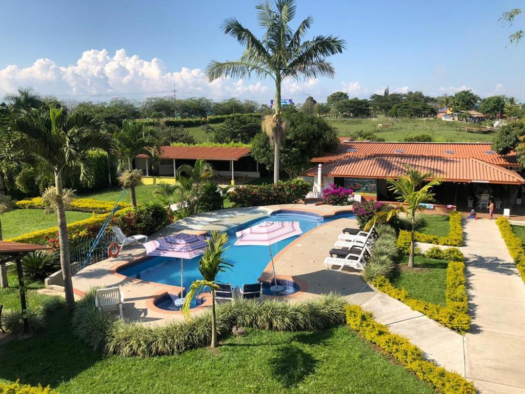 Finca Hotel Cerritos Plaza (Colombia Pereira) - Booking.com