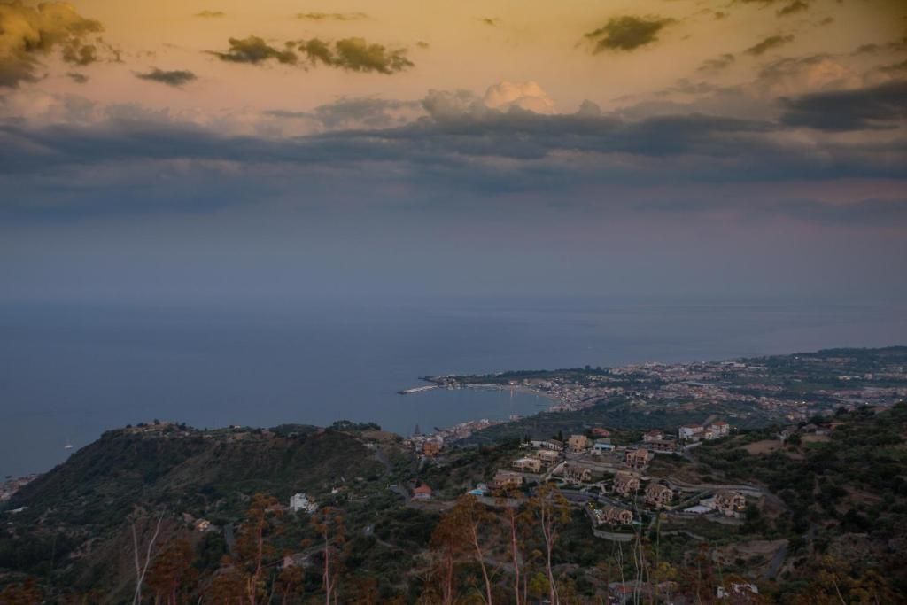 Country House Casale Di Caterina Taormina Italy Booking Com