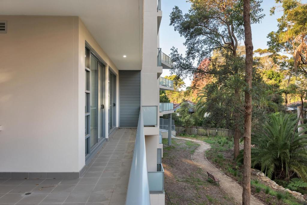 A balcony or terrace at Lindfield Quiet&Brand New 2 Bedroom Apt