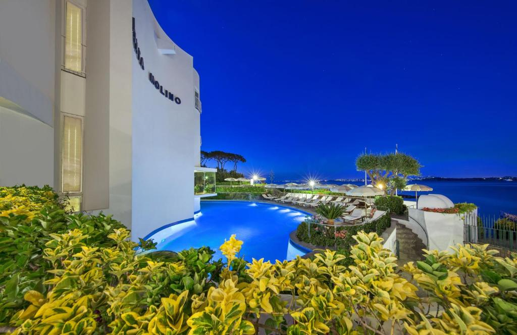 The swimming pool at or near Grand Hotel Punta Molino Terme