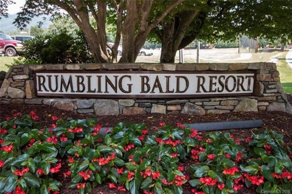 Das Logo oder Schild des Resorts