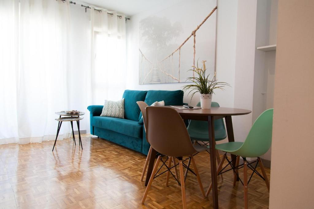 Ein Sitzbereich in der Unterkunft Apartamento City