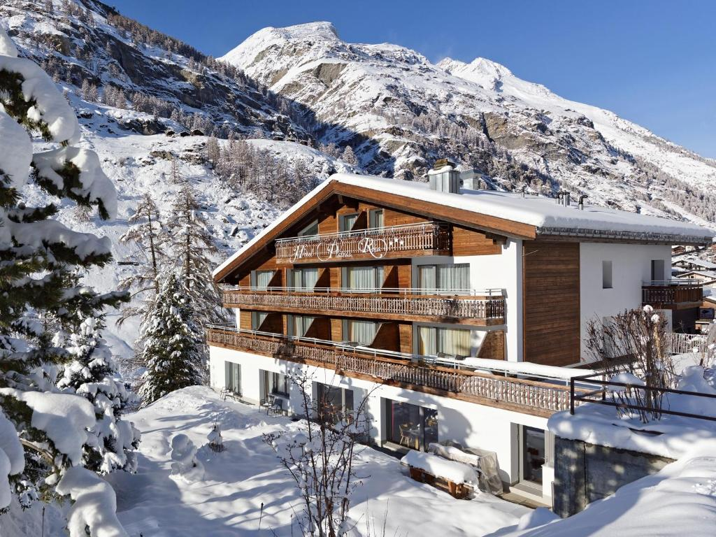 Hotel Plateau Rosa during the winter