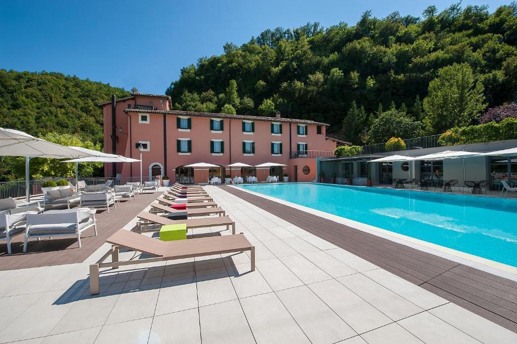 Cartina Geografica Umbria Cascia.La Reggia Sporting Center Hotel Cascia Prezzi Aggiornati Per Il