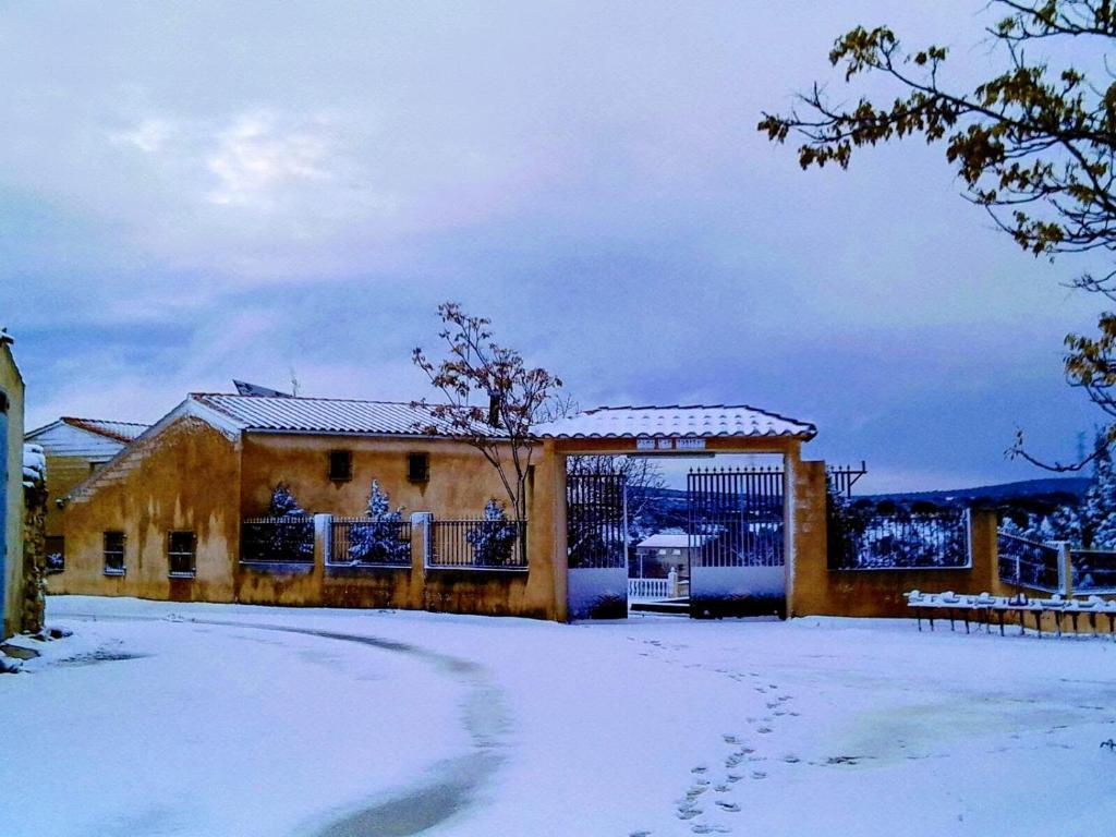 Aldea Casa Las Zorizas en invierno