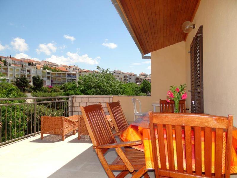 A balcony or terrace at Apartments Ivanka
