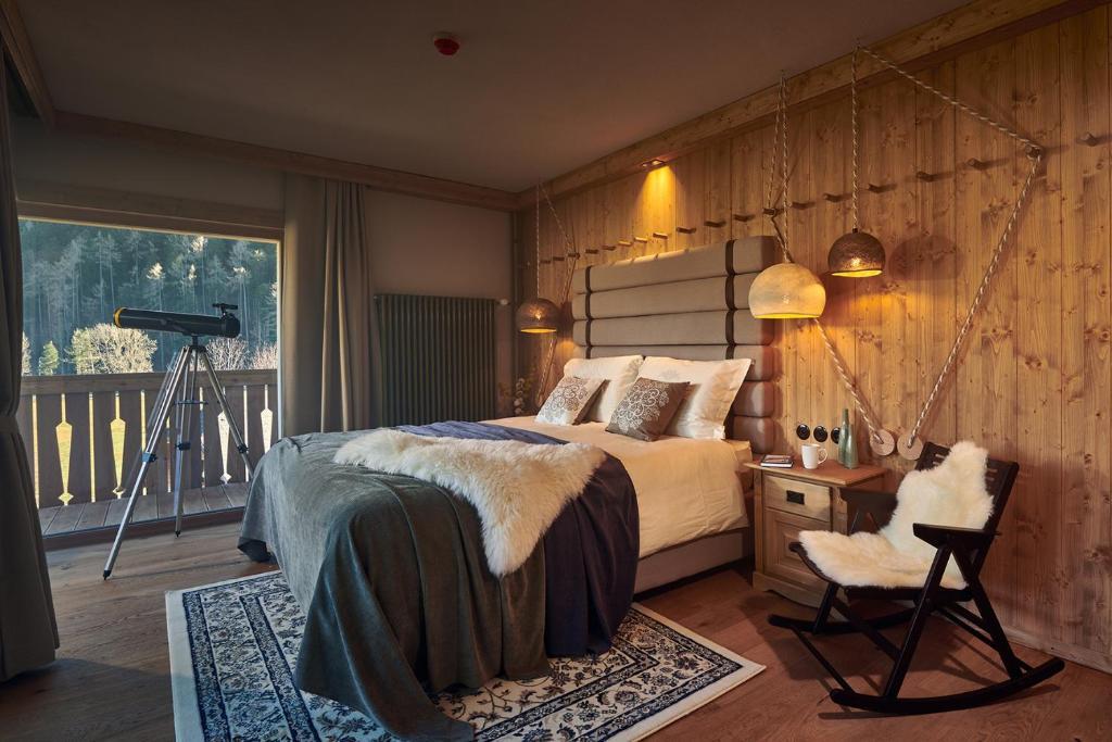 Łóżko lub łóżka w pokoju w obiekcie Boutique hotel Vila Planinka