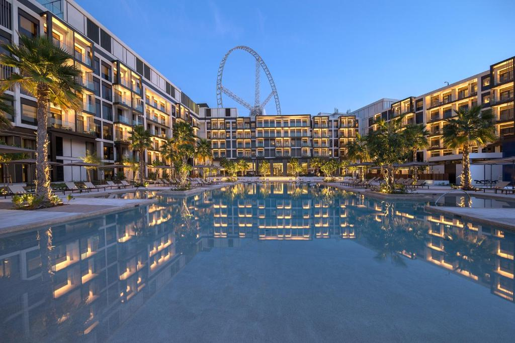 Piscina a Caesars Resort Bluewaters o a prop