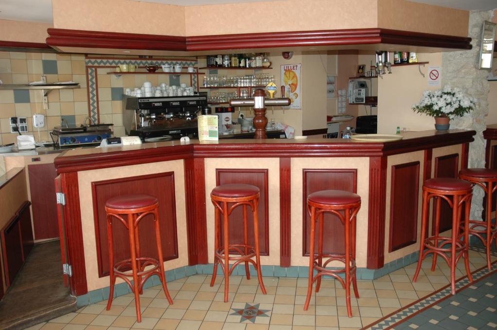 Hotel La Terrasse Le Perreux Sur Marne France Booking Com