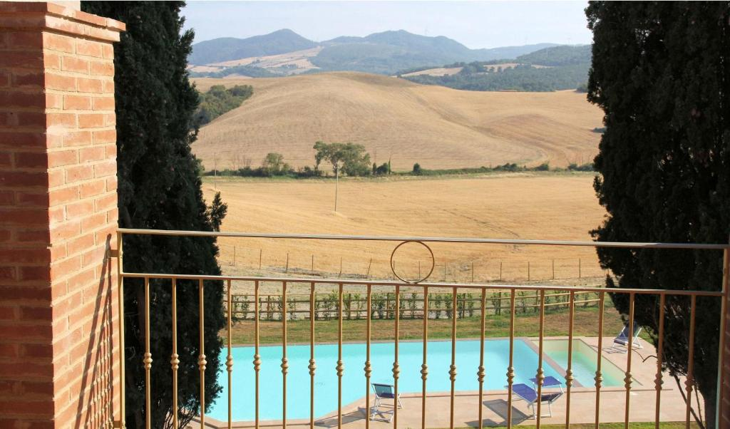A view of the pool at Borgo del Silenzio or nearby