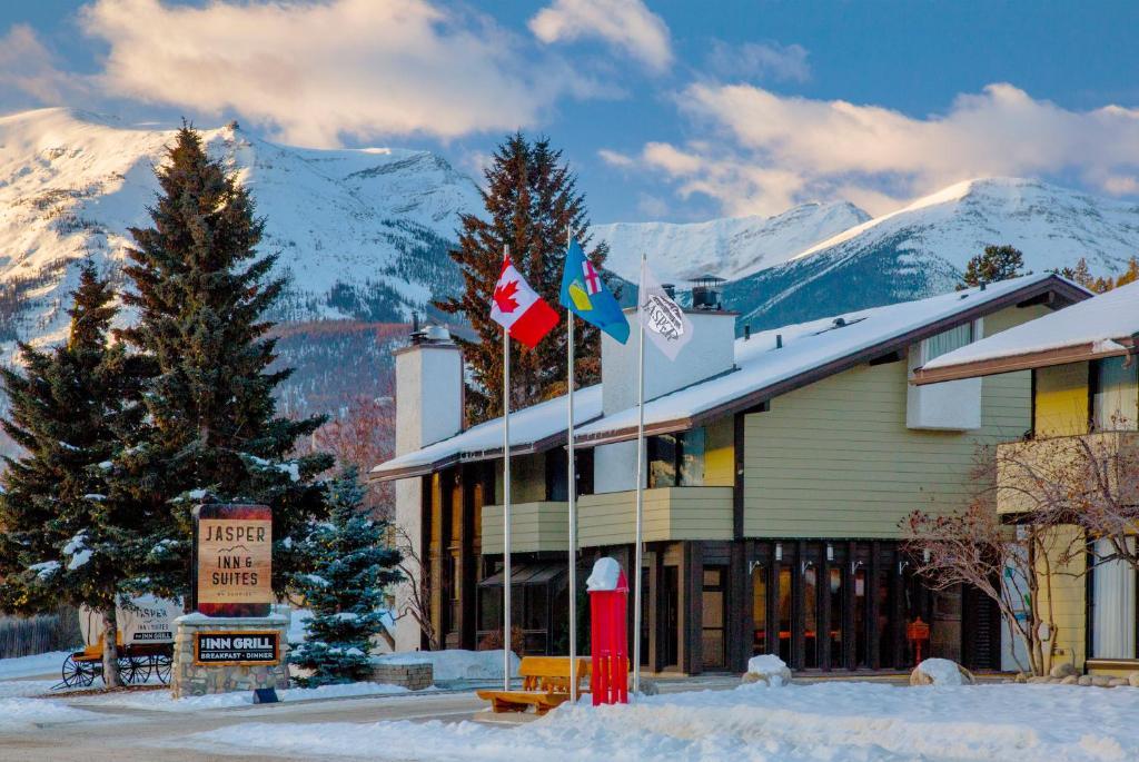 Jasper Inn & Suites in de winter
