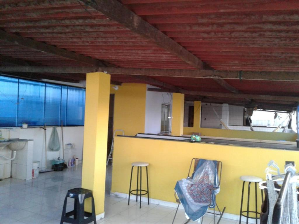 A kitchen or kitchenette at Hospedagem no Centro Histórico de Salvador