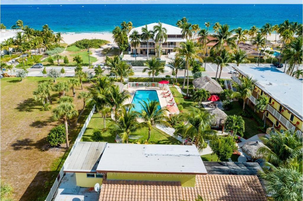 Oceans Beach Resort Suites Pompano