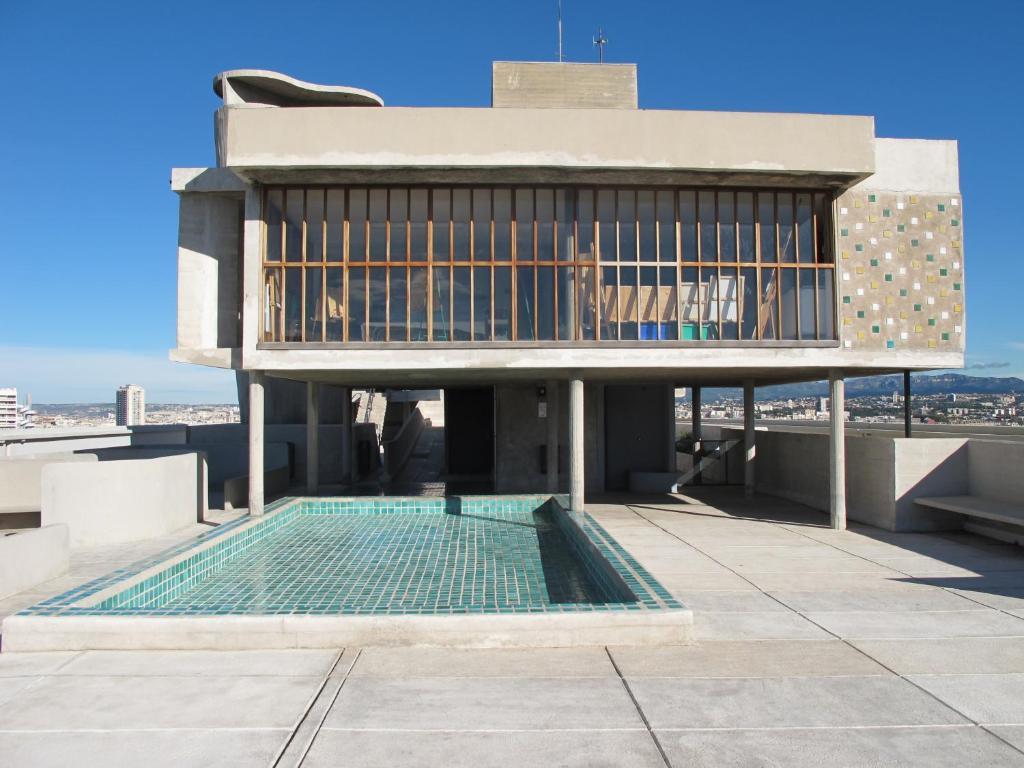Le Corbusier Unite D Habitation hotel le corbusier, marseille, france - booking