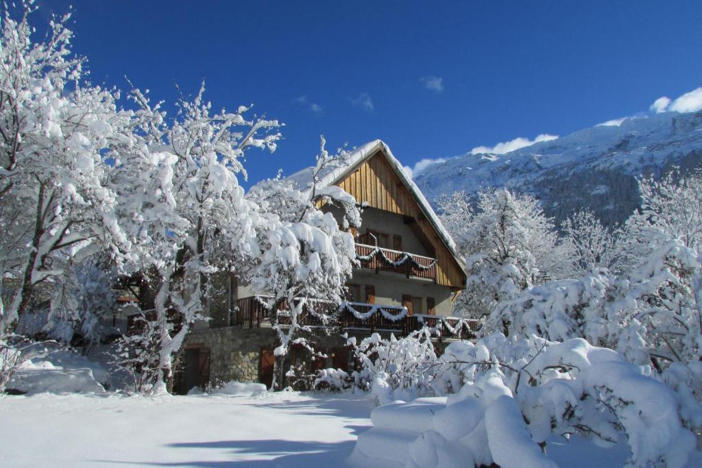 Chalet Solneige talvel