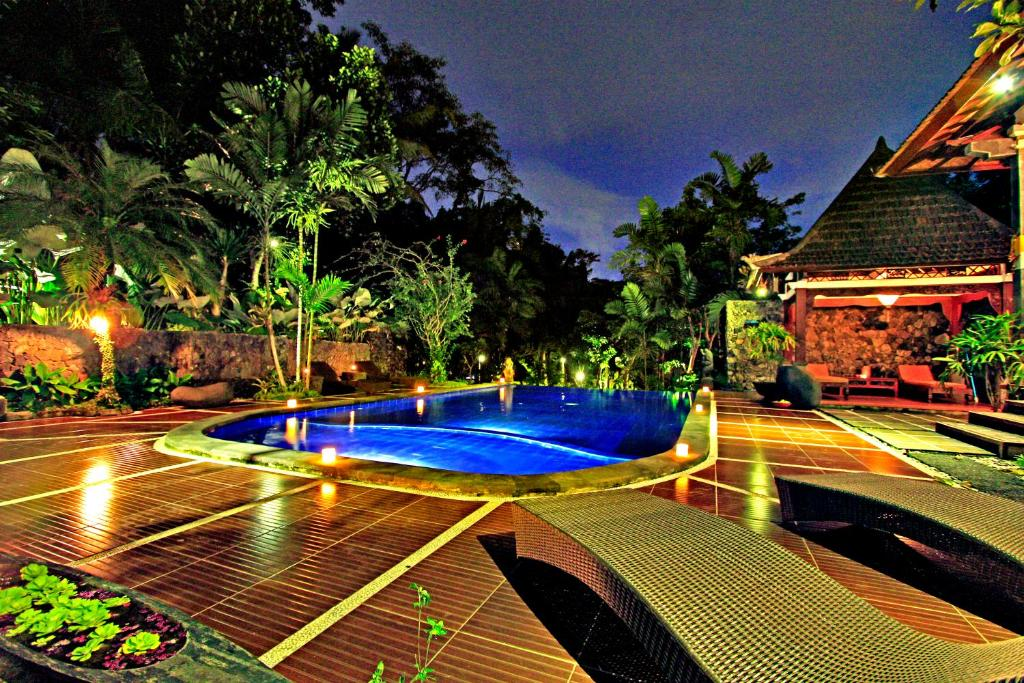The swimming pool at or near Dewangga Ubud
