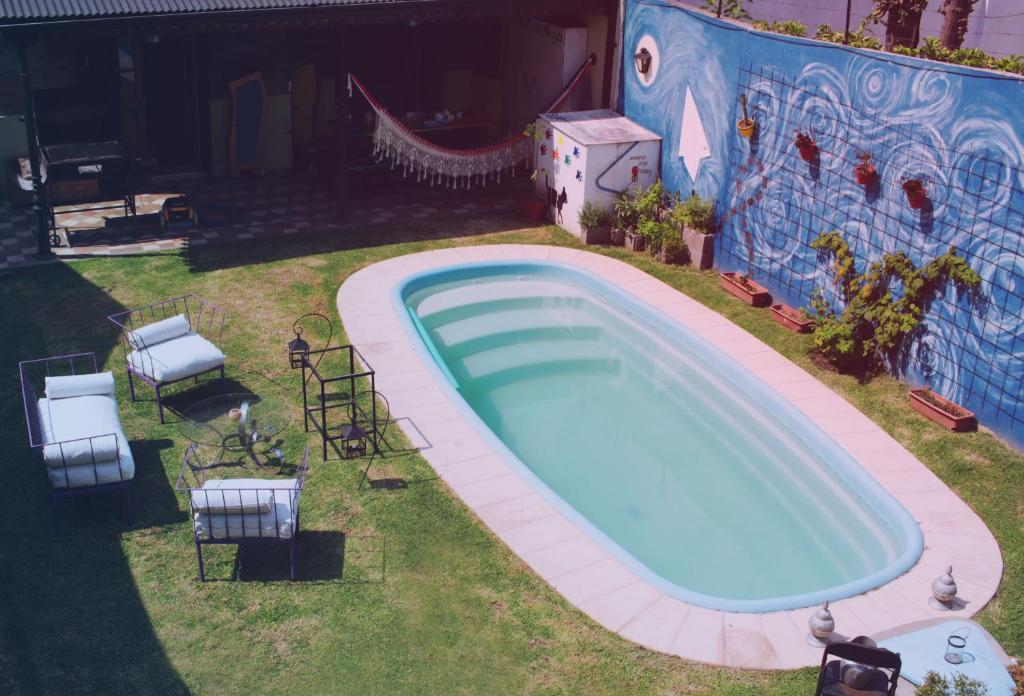 The swimming pool at or near Florida y Roja