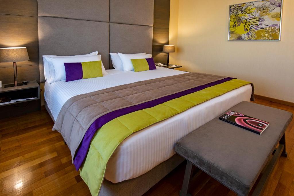 Cama ou camas em um quarto em Hotel Grand Brizo Buenos Aires