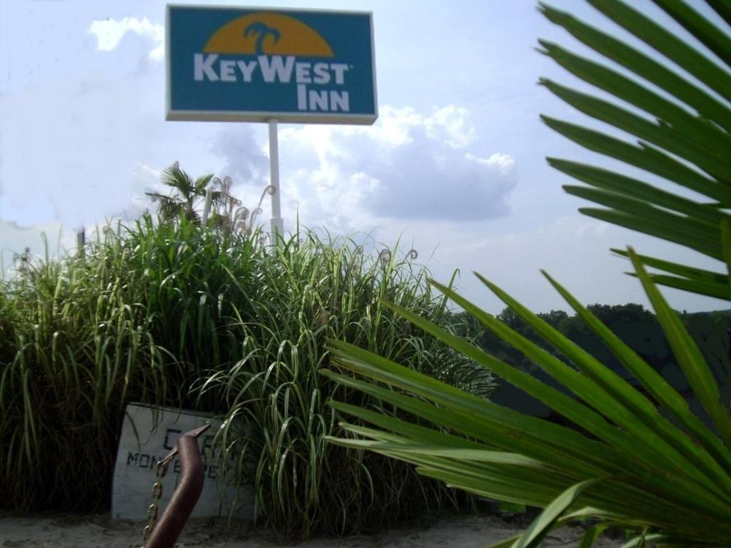 Key West Inn of Hamilton
