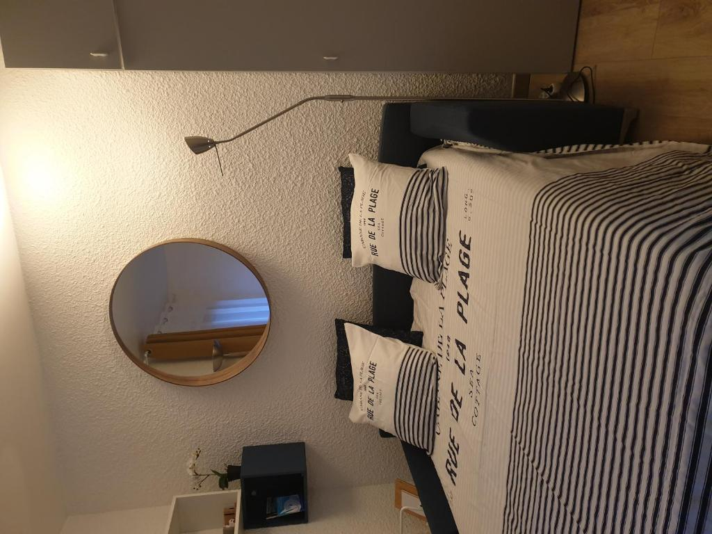 Pied De Lampe Am Pm apartment studio vieux paimpol, france - booking