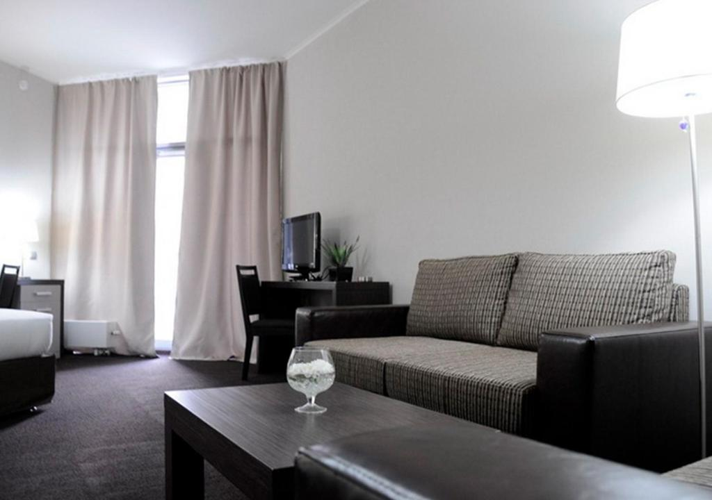 A seating area at Zolotoy Zaton Business hotel