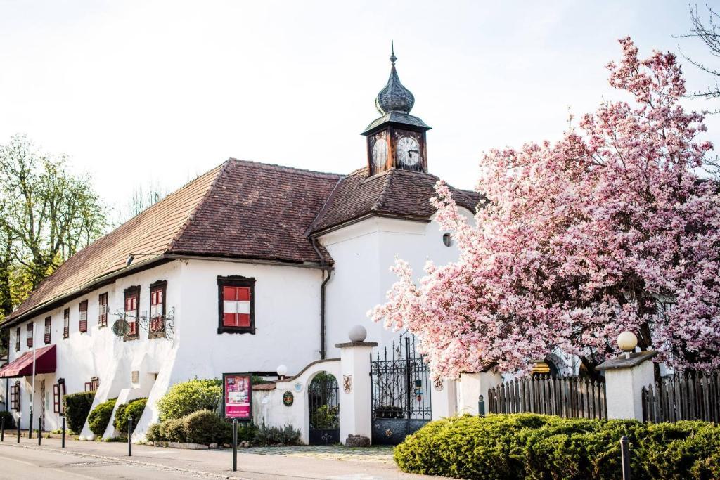 Dietersdorf partnervermittlung: Sankt gallenkirch gay dating