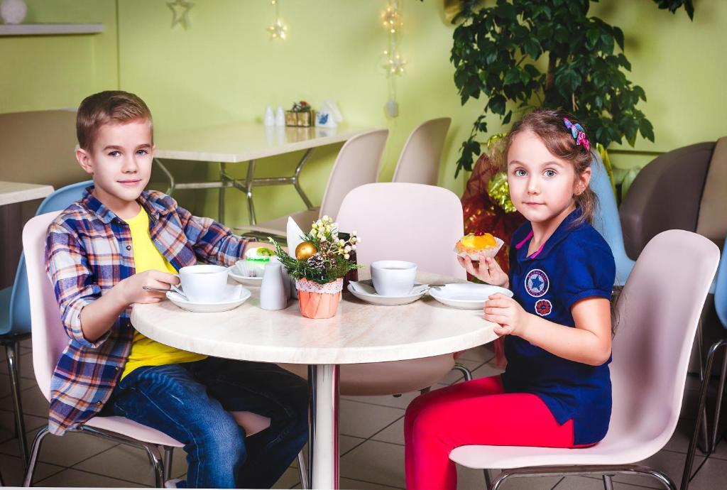 Дети в Гостиница Садко