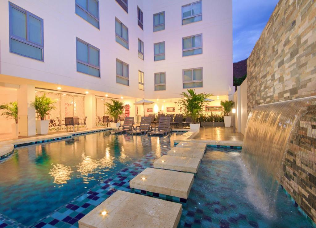 The swimming pool at or near Del Mar Hotel