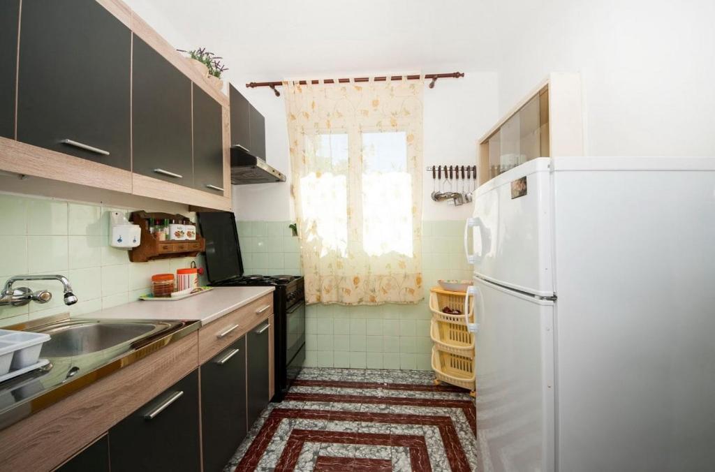 Holiday home Zlarin 1